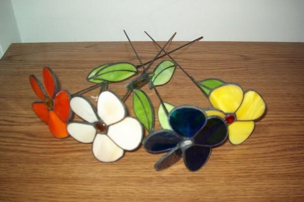 Lámpák-csillár-falikar-asztali-álló