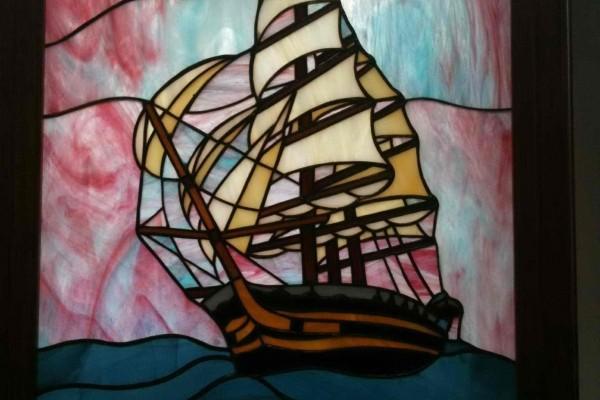 Tiffany üveg hajós