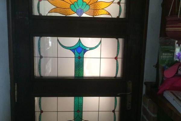 Tiffany üveg konyhajtóba