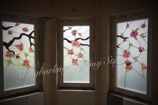 Tiffany üveg sakura virágzás