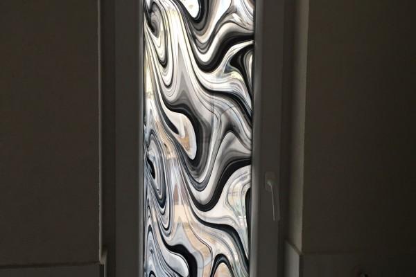 Fürdő ablak. barock üveg
