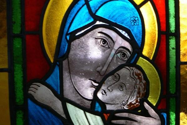 Mária gyermek jézussal