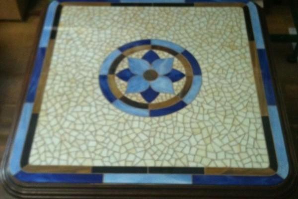 Mozaik asztal 10